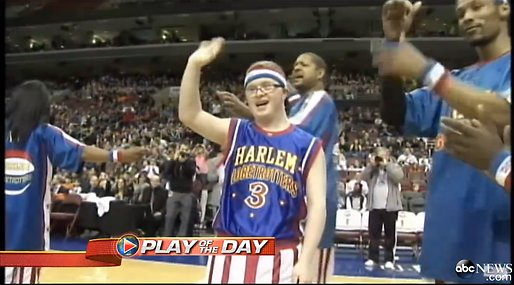 Harlem Globetrotters,  Kevin Grow,  Philadelphia 76ers, basket, Downs syndrom, Poäng