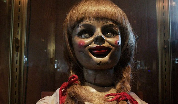 Annabelle Comes Home official trailer.