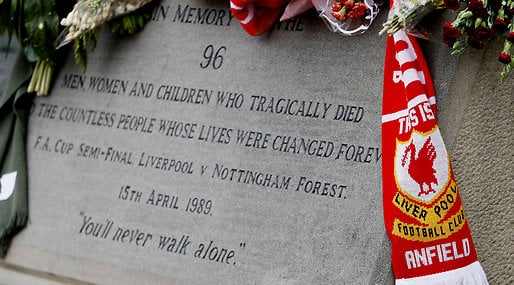 Don't buy the sun, The Sun, Anfield Road, Hillsborough,  Justice for the 96, 25 år, Liverpool FC, Minnesceremoni