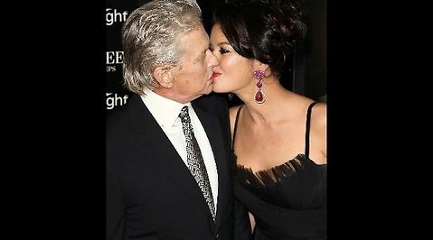 Michael Douglas, Wall Street 2, USA, Catherine Zeta-Jones, Cancer, Pengar