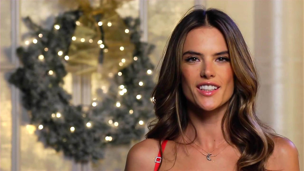 Alessandra Ambrosio is rocking it.