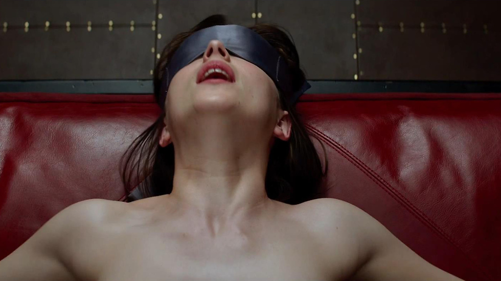 """Fifty Shades of Grey"" är fylld av nakenscener. Dakota Johnson fick rollen som Ana."