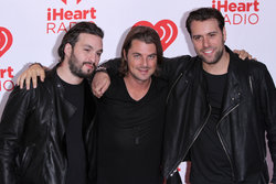 Swedish House Mafia, Axwell, X-factor