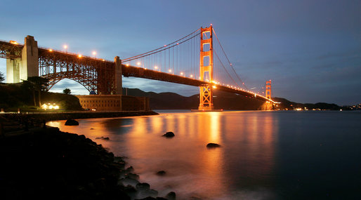 USA, The Golden Gate Bridge, San Fransisco, Hollywood, Hus